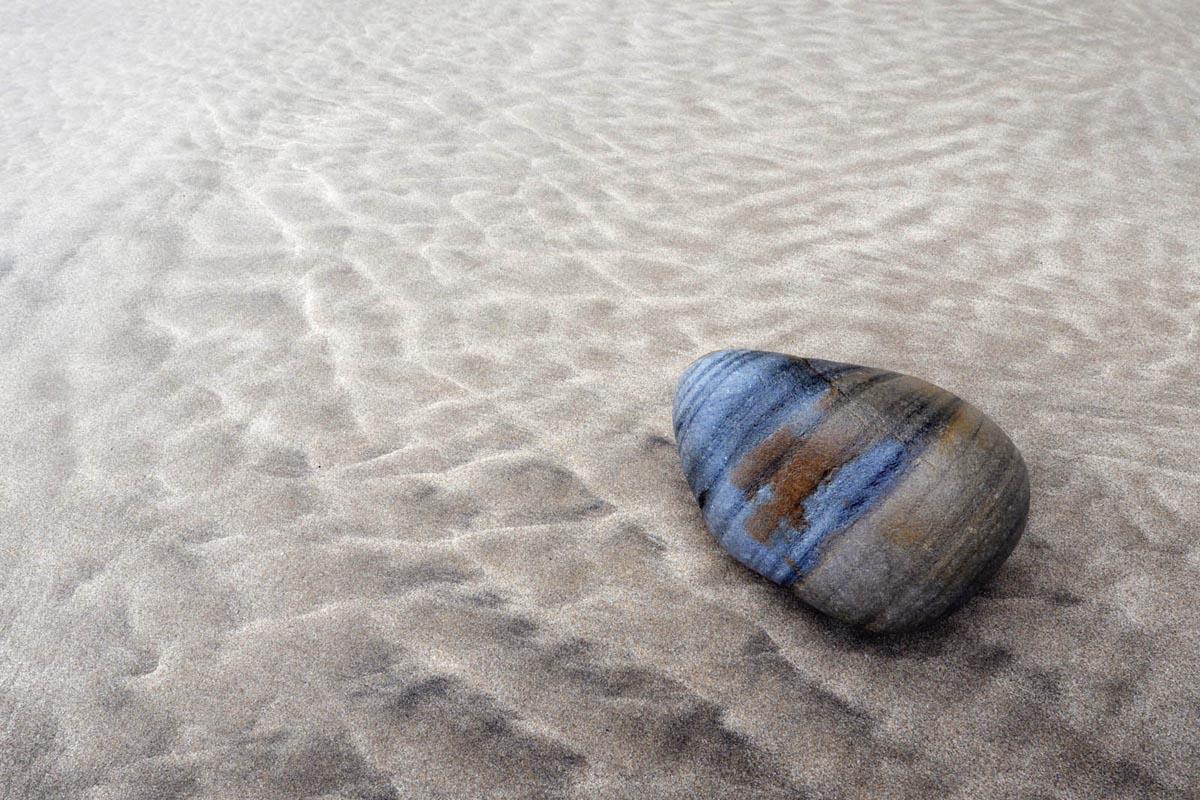 Resting pebble